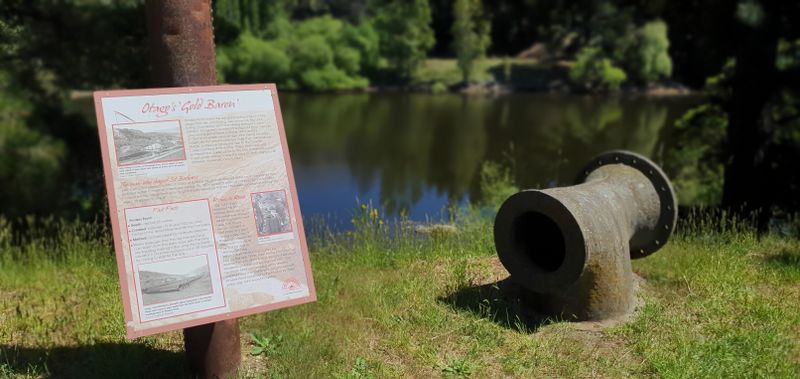Sign of the history at Pinders Pond